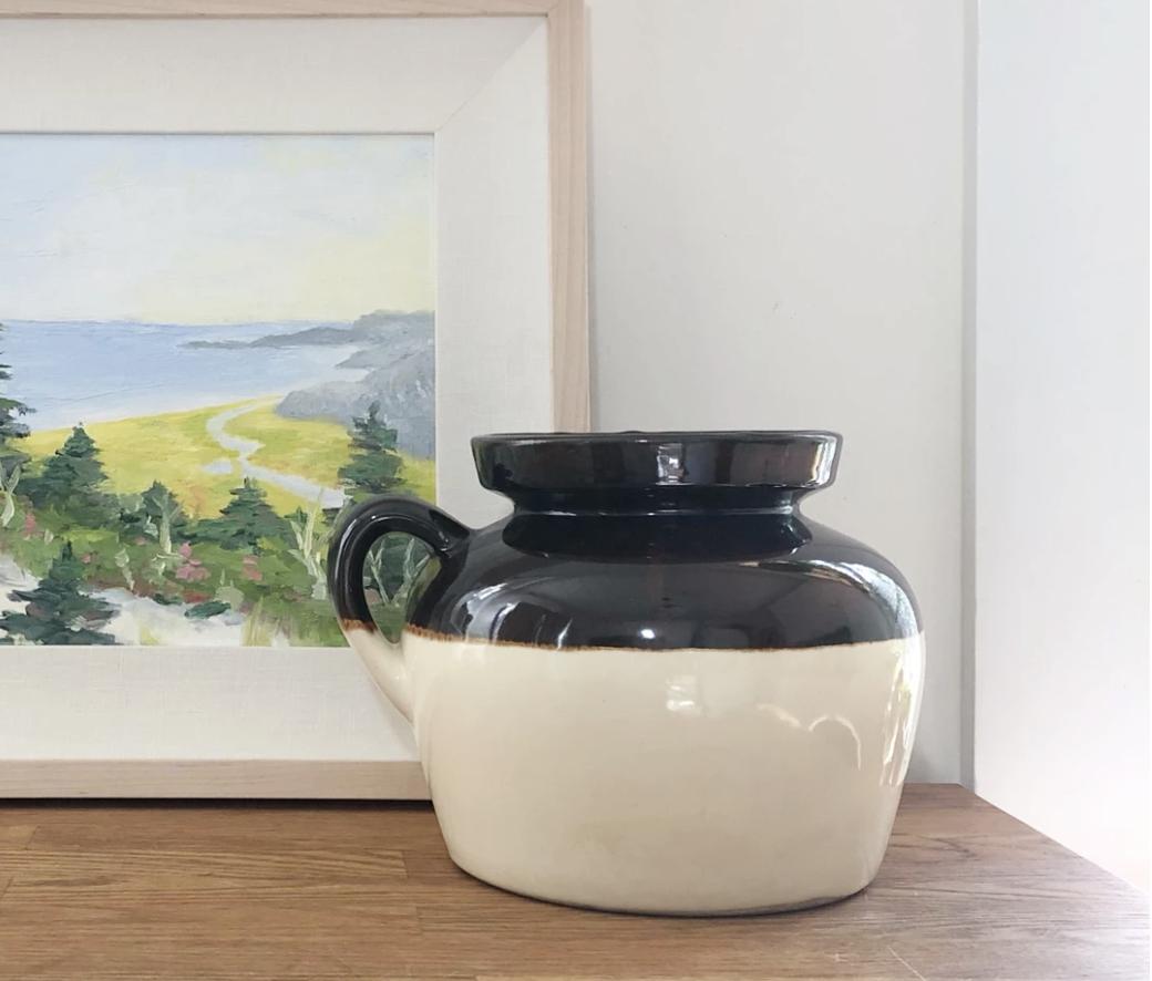 Lidded stoneware jug
