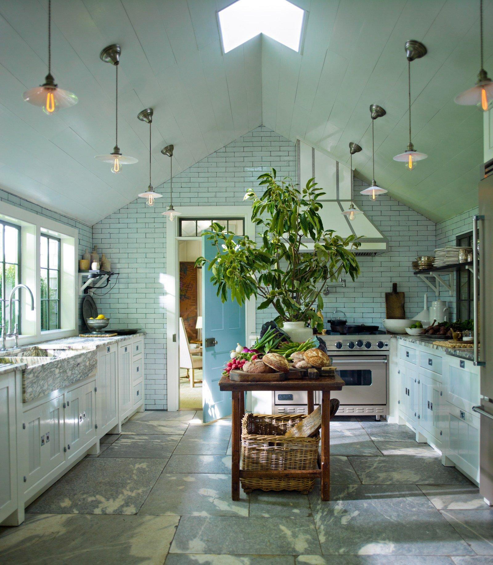 steven-gambrel-kitchen-designs-01.jpg