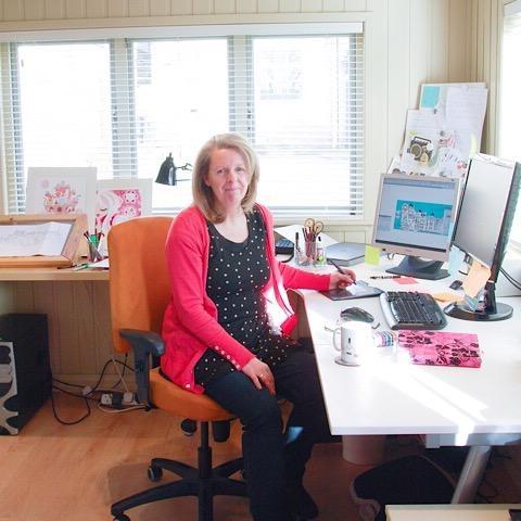 Mabel in her studio -