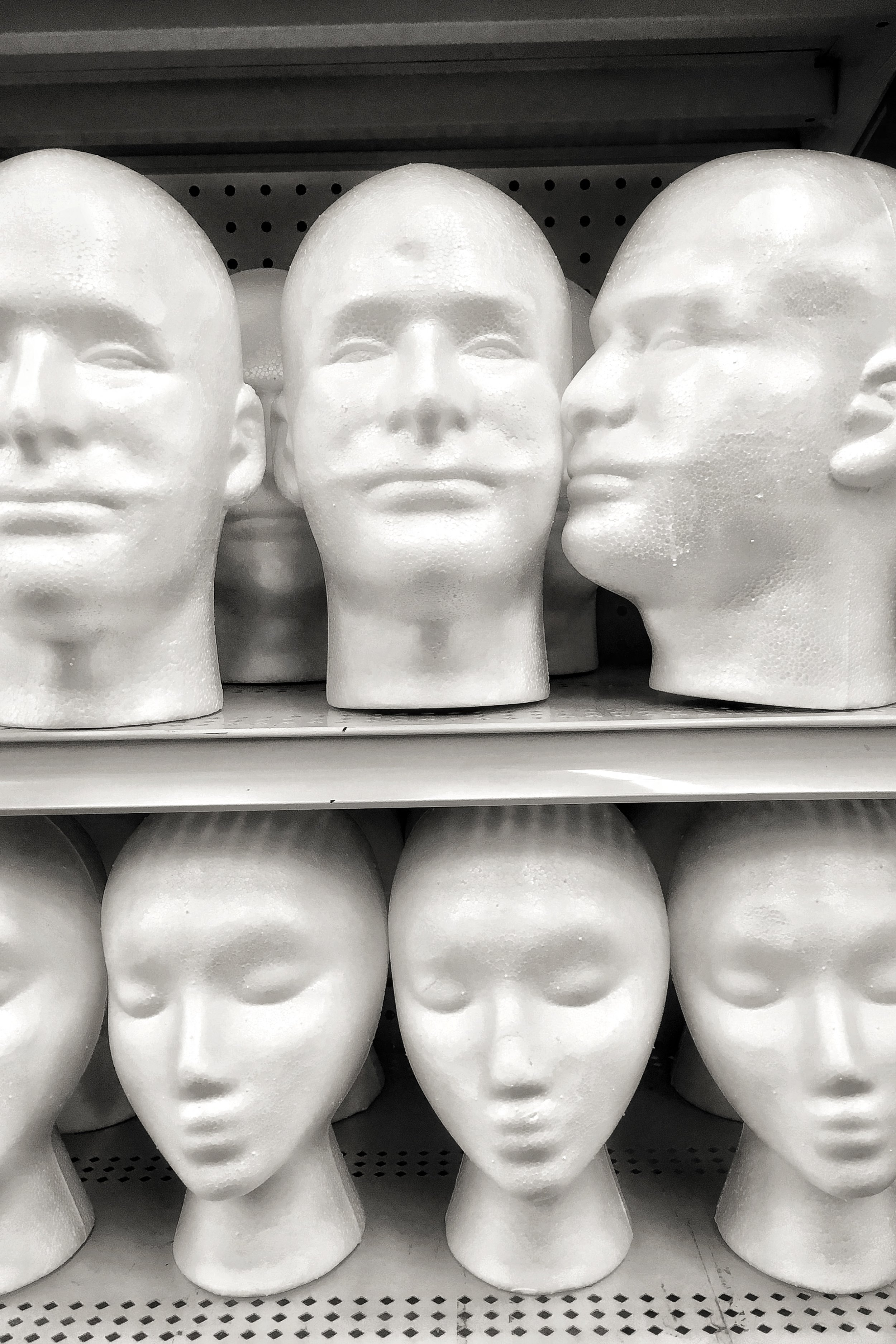 Shopping for a face © Richard Kelly Photography