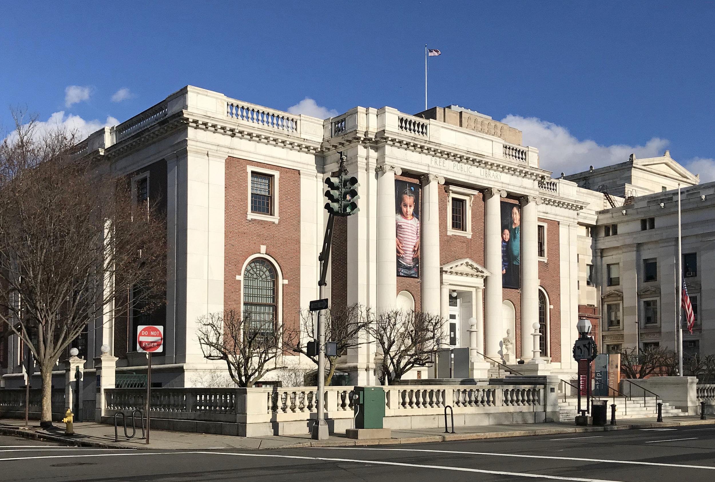 New Haven Free Public Library, 133 Elm Street. Architect: Cass Gilbert, 1908.