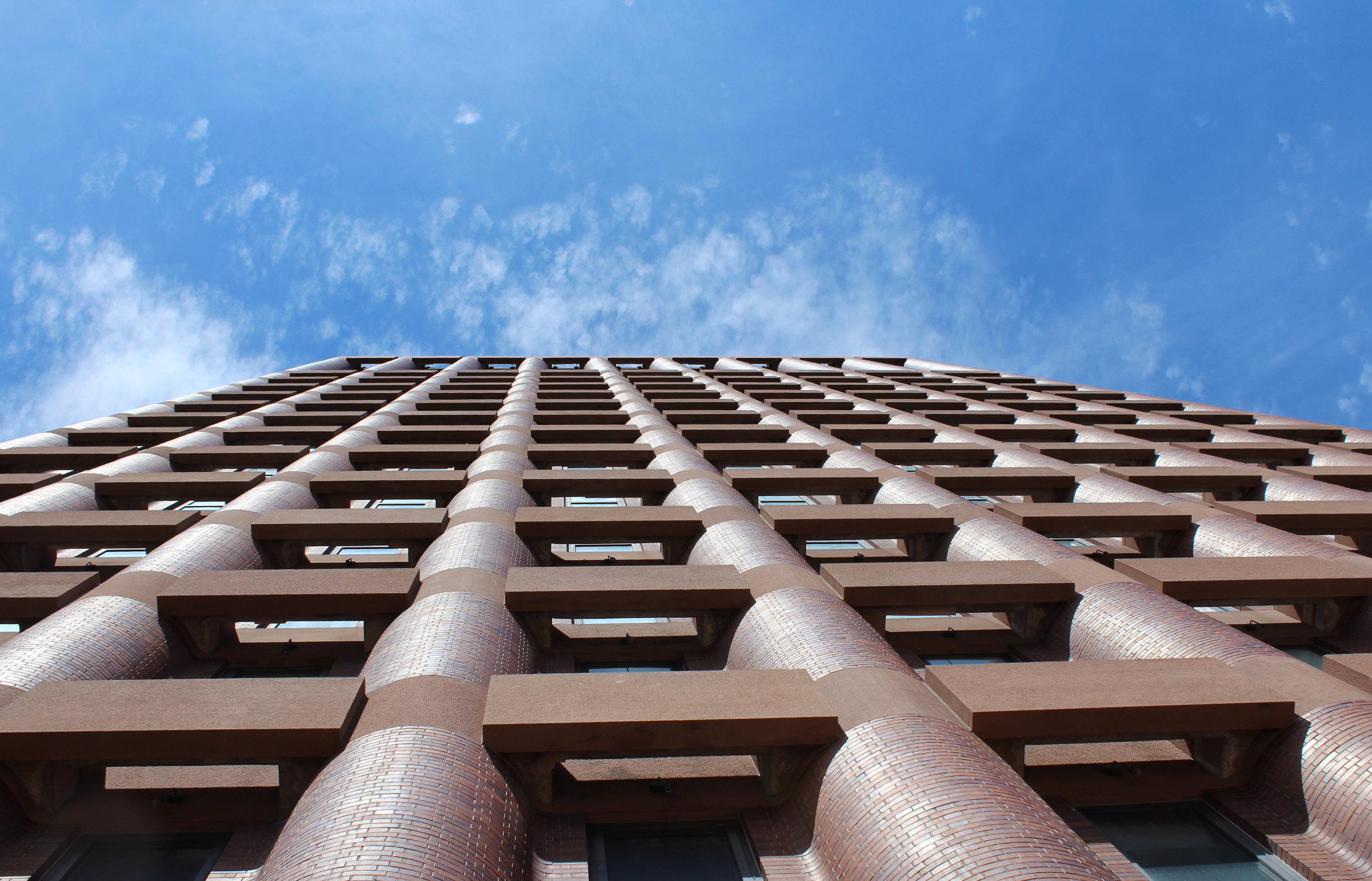 Kline Biology Tower, 219 Prospect Street. Architect: Philip Johnson Associates, 1964.
