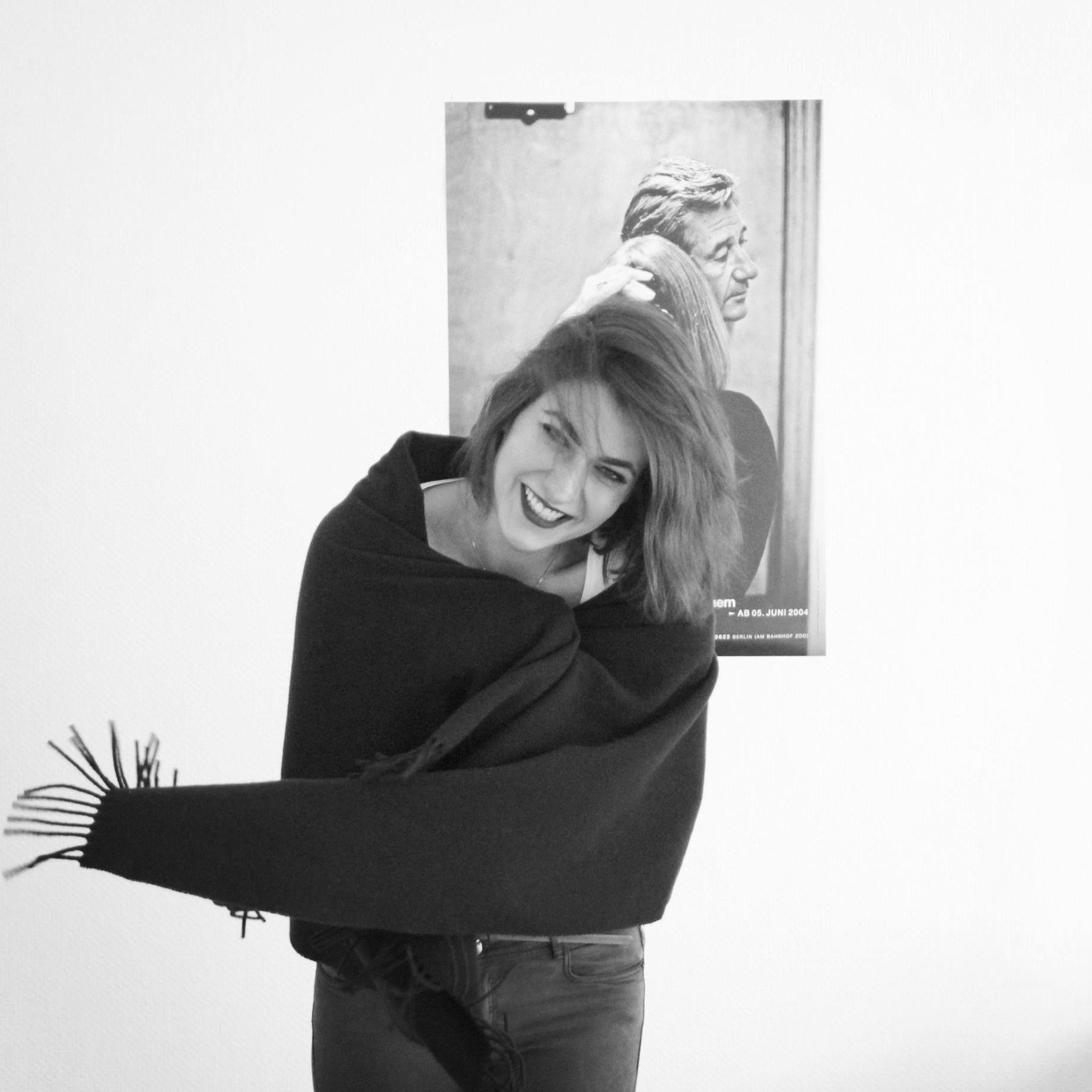 - _mareike m.schaefer>> diplom mode designerin_jahrgang 1990_kunstgeschichte | heinrich heine universitaet | duesseldorf_modedesign | fashion design institut | duesseldorf_mareike margo design | duesseldorf>> konzept // entwurf & design // (maß-) anfertigung (DOB)