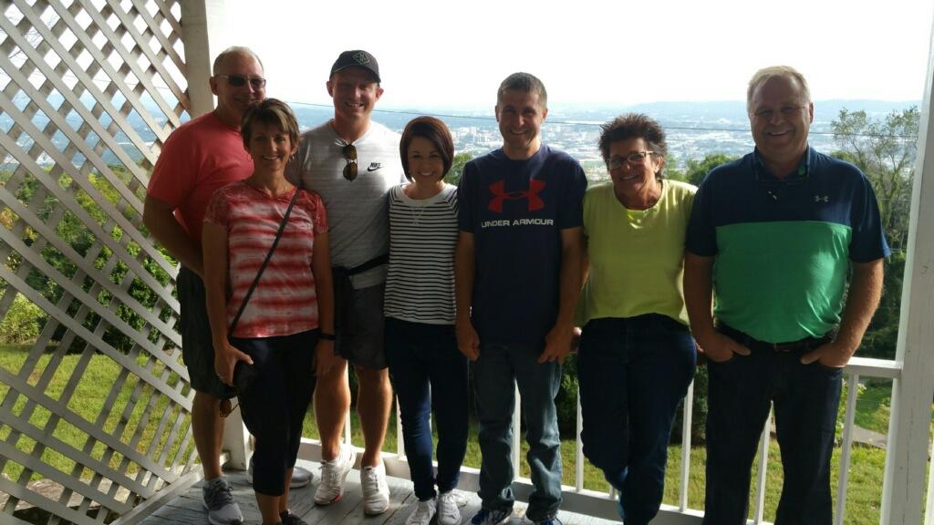 Family tour Chattanooga .jpg
