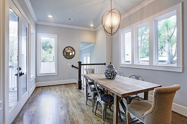 Let the natural light shine in! This beautiful breakfast nook features many windows to allow natural sunlight to shine in. What a perfect place to enjoy a cup of coffee while enjoying the sunrise. This custom home was built in the Houston Heights area. Call Urban Craftsman today and allow us to create a beautiful custom home for you! #houstonheights #homeinspirations #urbancraftsman #urbancraftsmanhtx #houstonhomebuilders #customhomeshouston