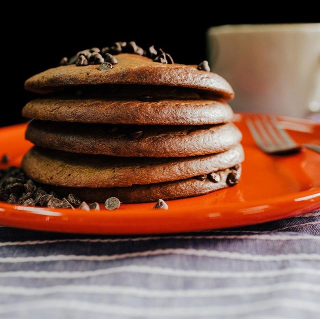 Need to fill that sweet tooth craving without falling off the wagon? Look no further! Paleo Dark Chocolate Chip Pancakes and a Lemon Shortbread Cookie are on the menu this week! . A Neeley's Tip: freeze your pancakes for an easy grab on the go - also perfect in kids school lunches! . . . . . . #lakenorman #lakenormanlife #lakenormanliving #lakenormaneats  #lakenormanstatepark #visitlakenorman #lakenormannc #lakenormanfood #lakenormanfoodie #food #foodie #paleo #fitliving #healthyeats #fitfood #crossfit #cleaneating  #cltnc #cltfood #cltfoodie #cltfoodies #cltfoodbloggers  #charlottencfood #foodprep #foodprepping #glutenfree #discoverCLT #sweatnet