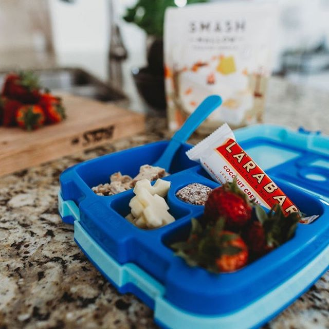 Okay parents raise a hand if you struggle with packing your kiddo's lunch 🖐 . This is where our bulk menu comes in super handy! Rockstar Chicken makes the perfect starter to a chicken salad. Add a few Sweet Potato's and you've got it covered! . What are some of your favorite Bulk Menu Add ons for your kids meals? . . . #lakenorman #lakenormanlife #lakenormanliving #lakenormaneats  #lakenormanstatepark #visitlakenorman #lakenormannc #lakenormanfood #lakenormanfoodie #food #foodie #paleo #fitliving #healthyeats #fitfood #crossfit #cleaneating  #cltnc #cltfood #cltfoodie #cltfoodies #cltfoodbloggers  #charlottencfood #foodprep #foodprepping #glutenfree #discoverCLT #queencity #sweatnet