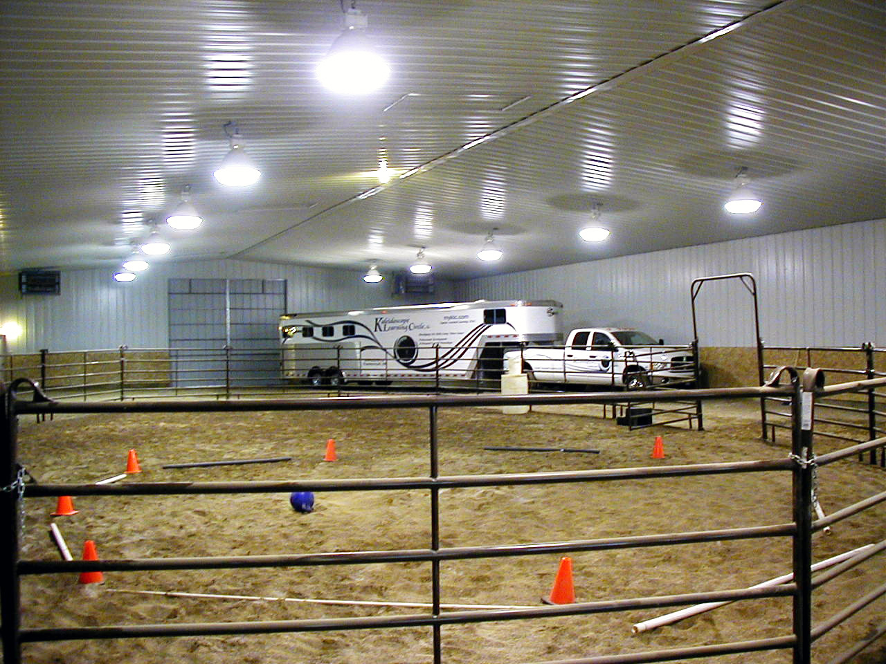 Fits draft horse trailer and Dodge dually!