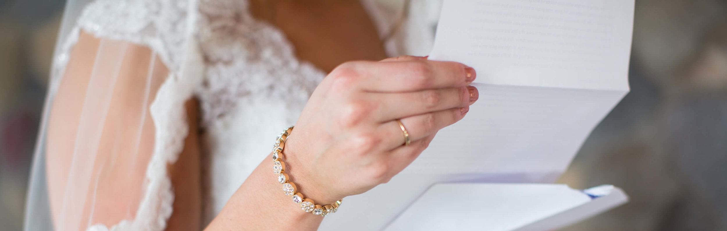 9Photographer: Nicki Lynn | Venue: Glenhave Wedding winter wedding | indoor ceremony.jpg