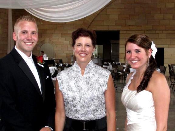 Rev Toni Maki wedding officiant in Minnesota