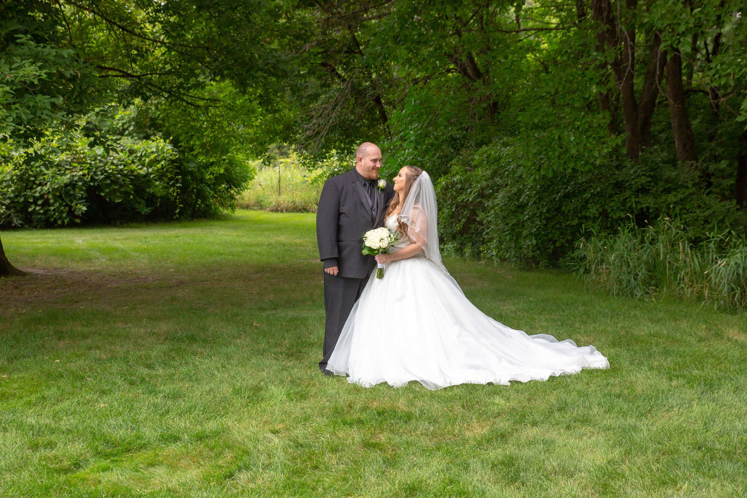 Cindyrella's Garden, Fab Weddings, outdoor Minnesota ceremony, Rosemount wedding, south metro, first look