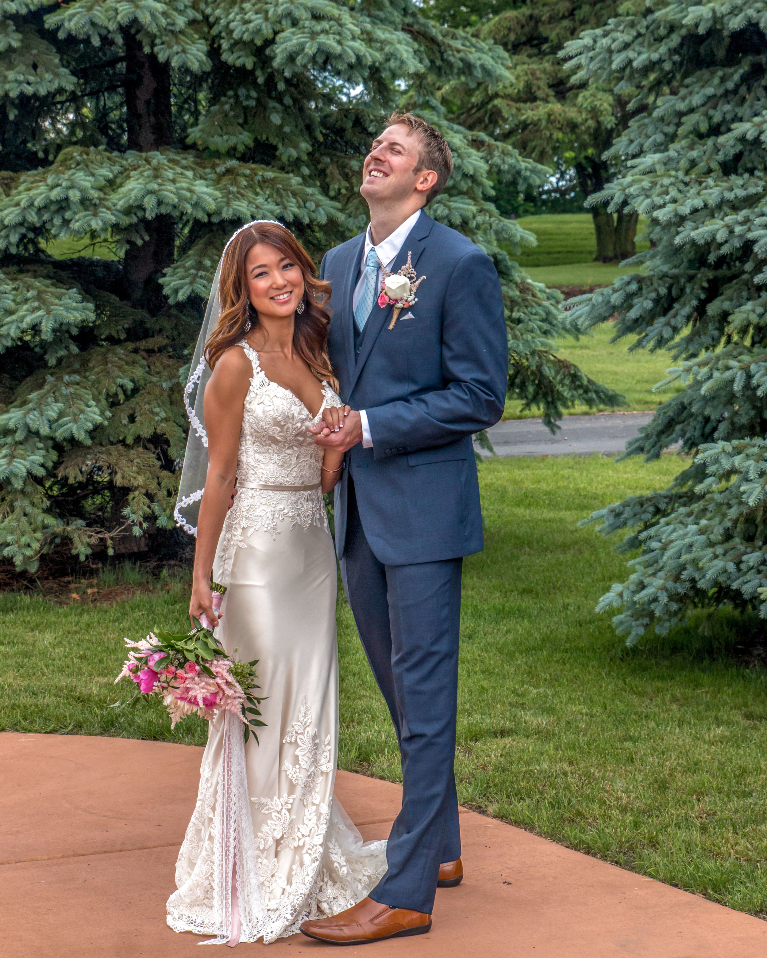 Minnesota Wedding at Glenhaven, outdoor ceremony, Fab Weddings, groom laughing