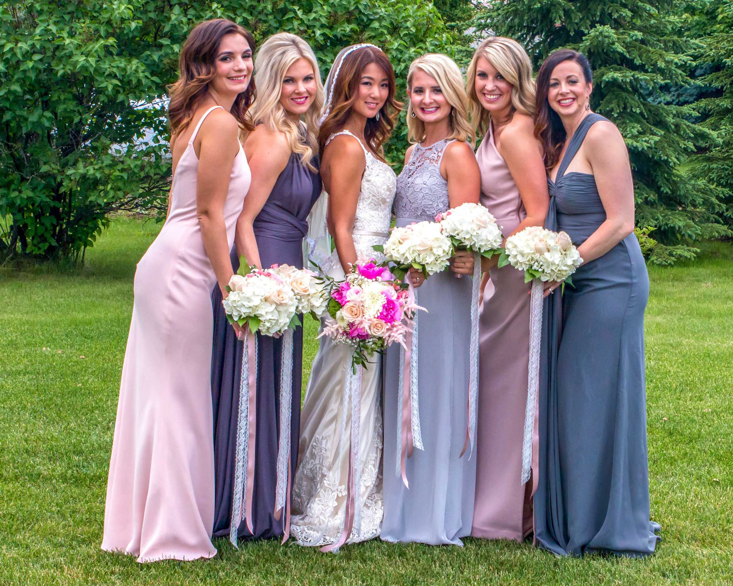 Minnesota Wedding at Glenhaven, outdoor ceremony, Fab Weddings, bridal party