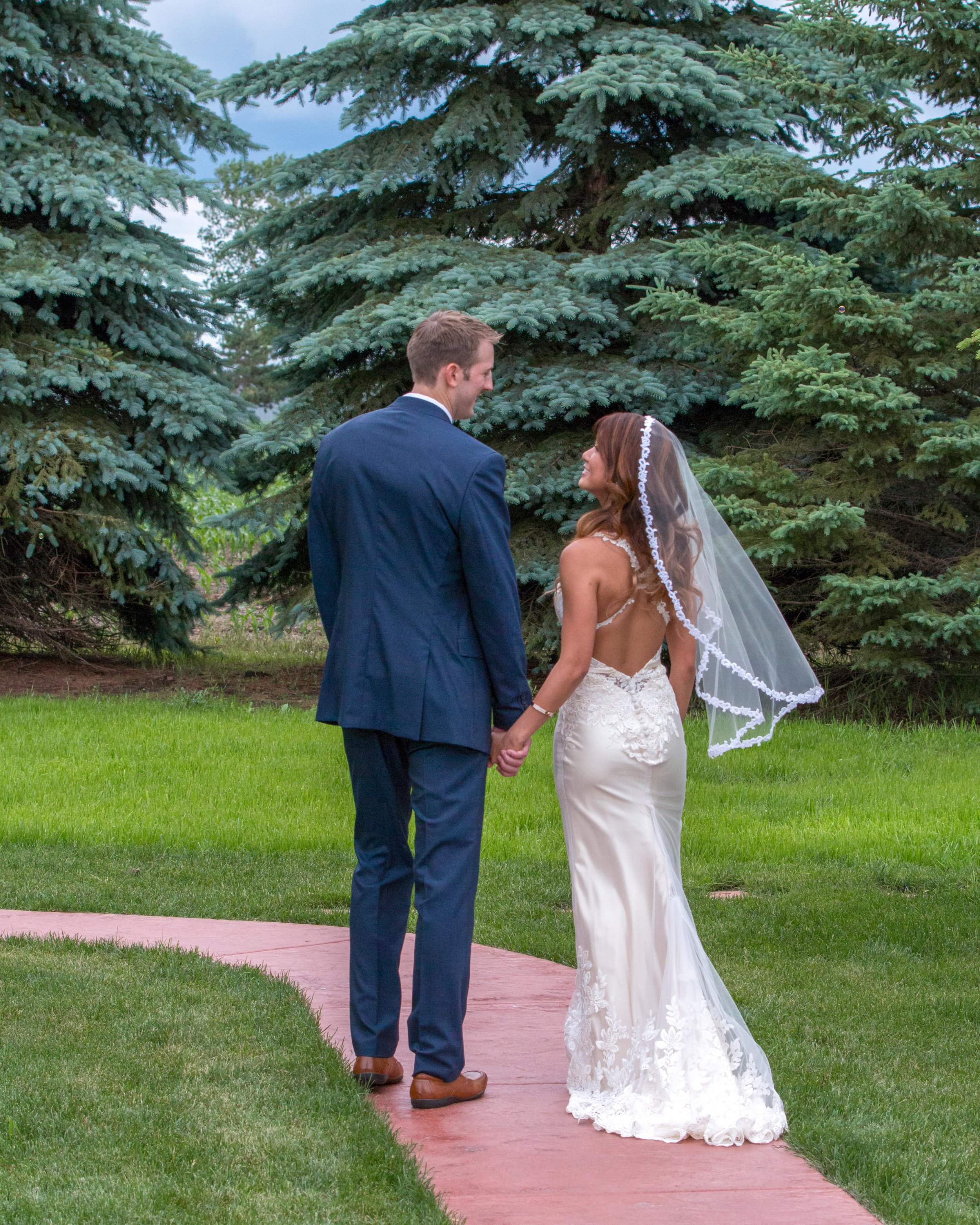 Minnesota Wedding at Glenhaven, outdoor ceremony, Fab Weddings, recessional