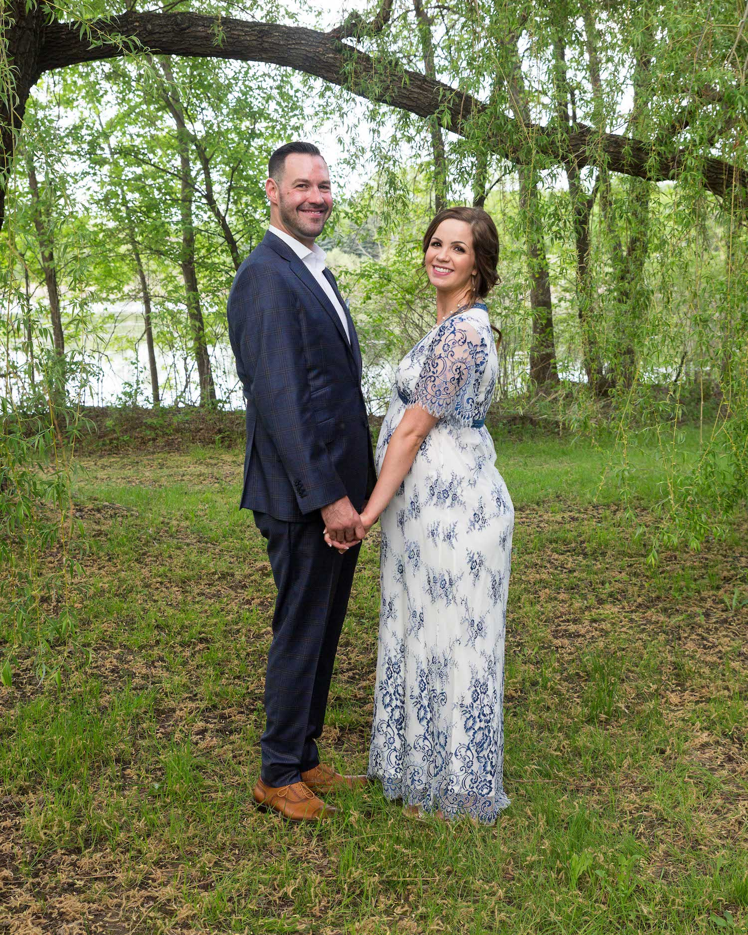 Cindyrella's Garden, pregnant bride in blue and white lace wedding dress, woods picture