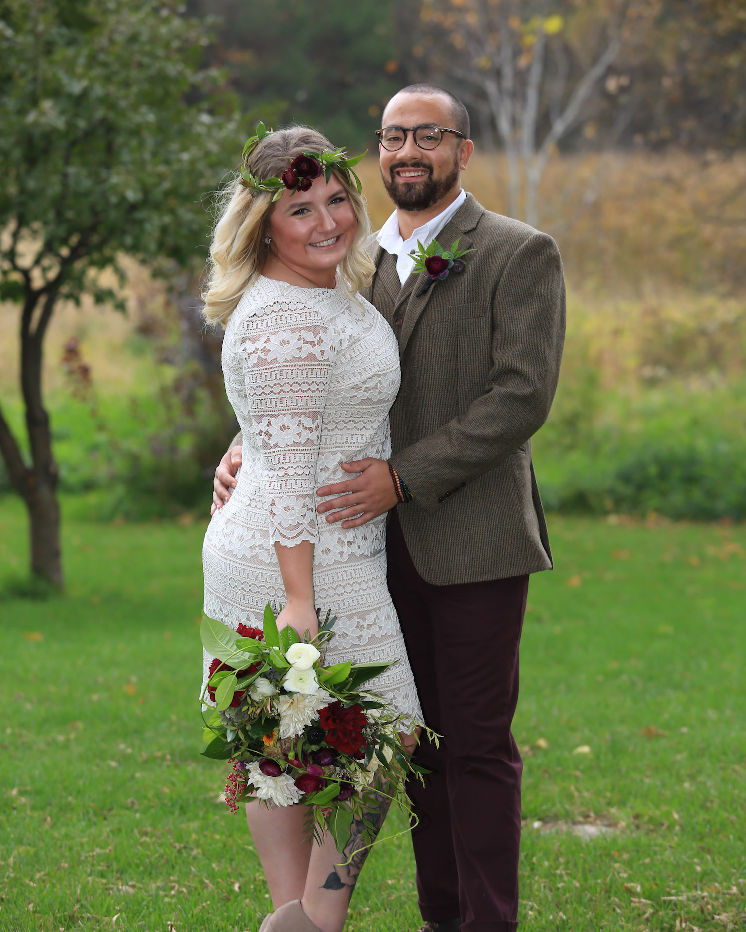 Cindyrella's Garden, outdoor ceremony on the lake in Minnesota, flower crown