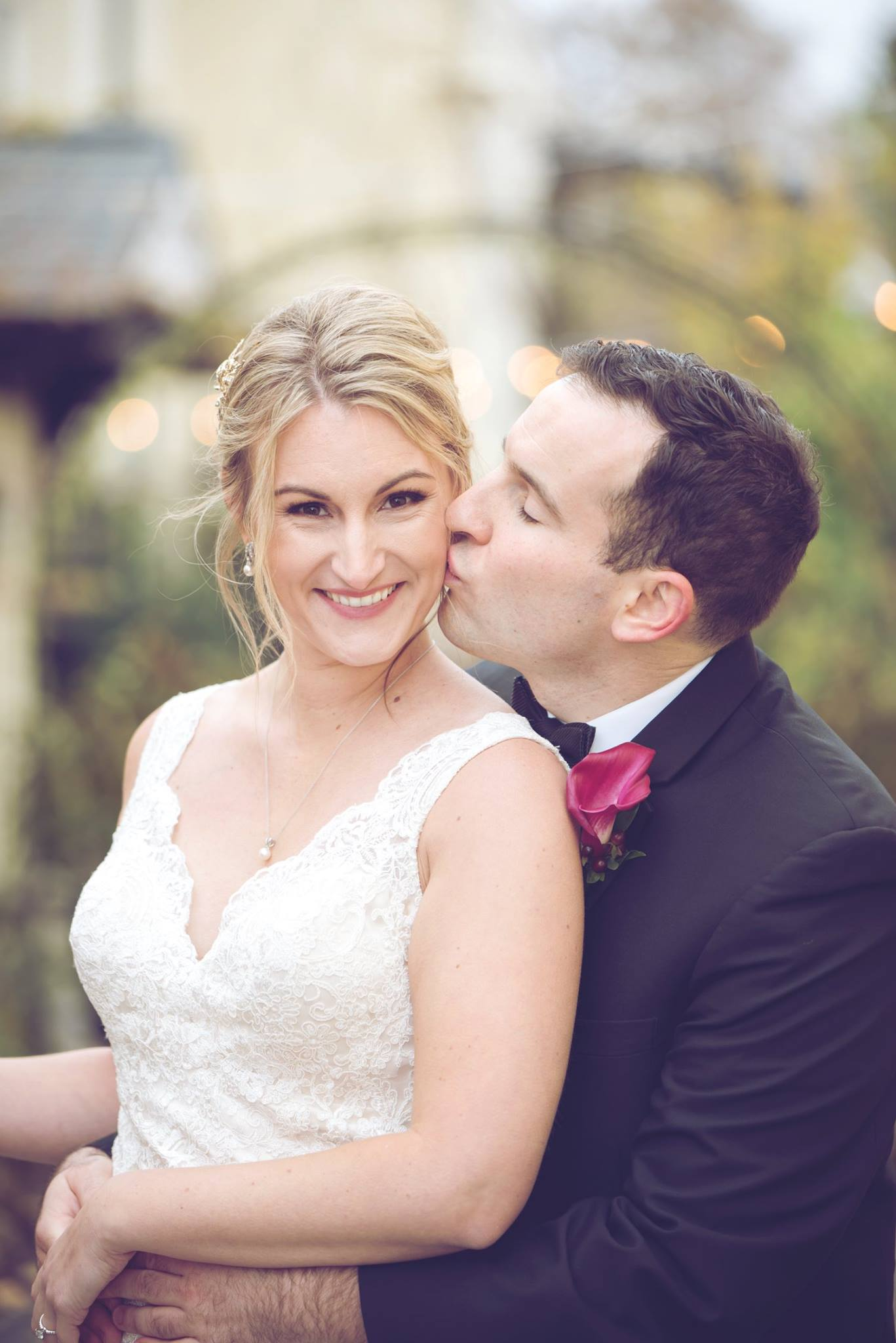 Danielle Albrecht all inclusive wedding photographer for fab weddings, grey and burgundy