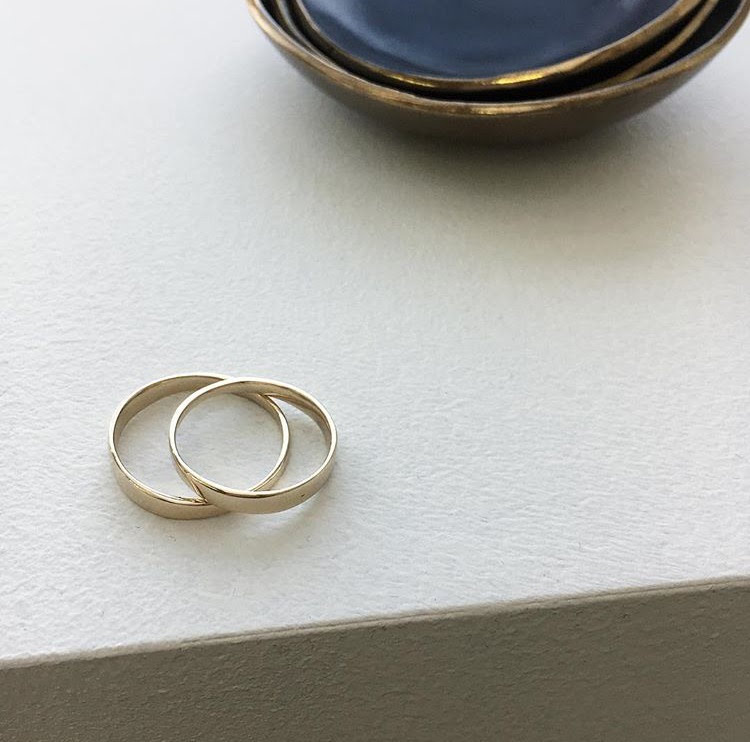 LONE BANDS - 14k yellow gold