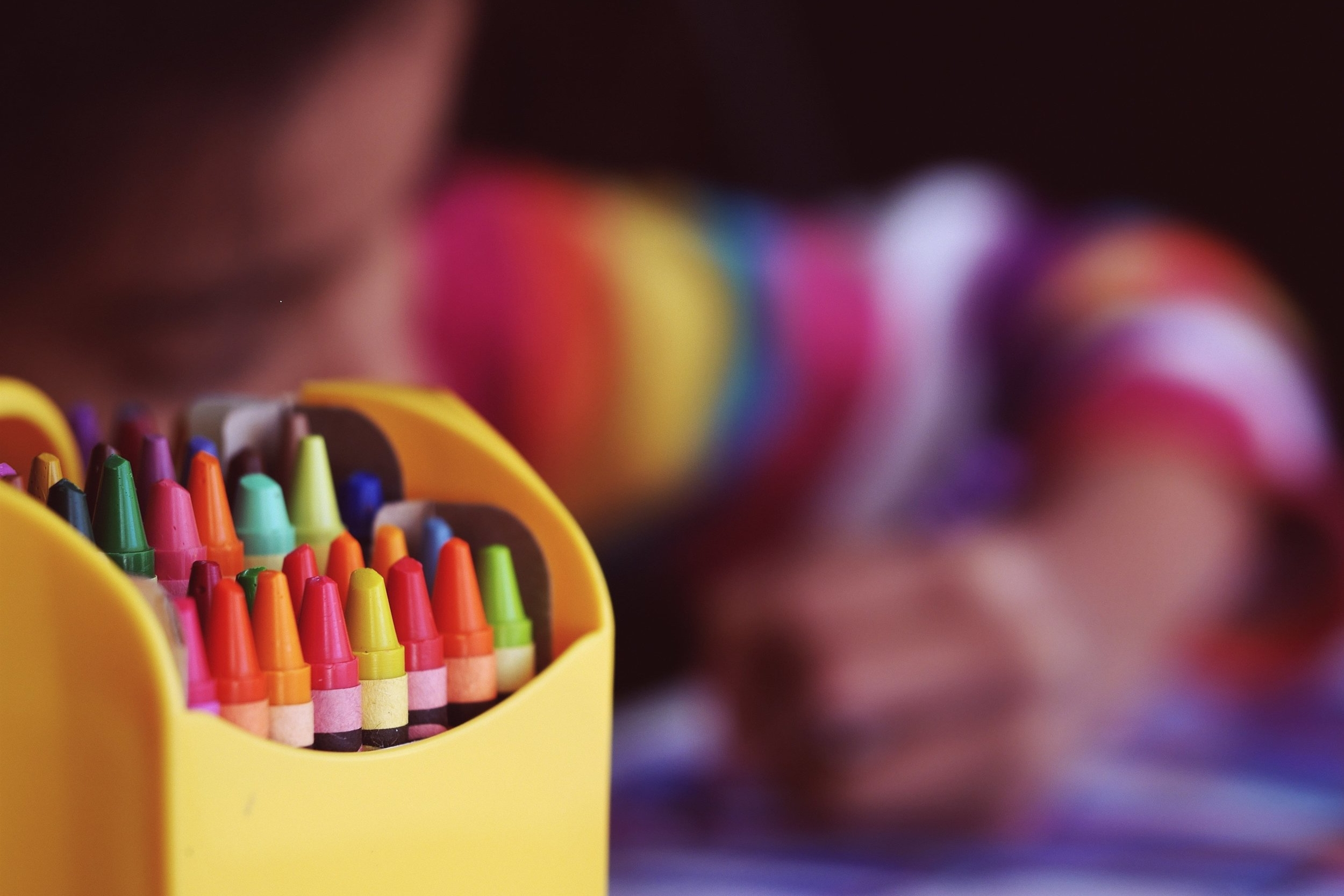 Nivel Educativo: - PARA PROFESORES:·La Autoestima en el Aula·Los Límites en el Aula·Educación Sexual.PARA PADRES DE FAMILIA:·Los Límites·Premios y Castigos·Hábitos·El Juego·Educación Sexual en los Niños/Adolescentes