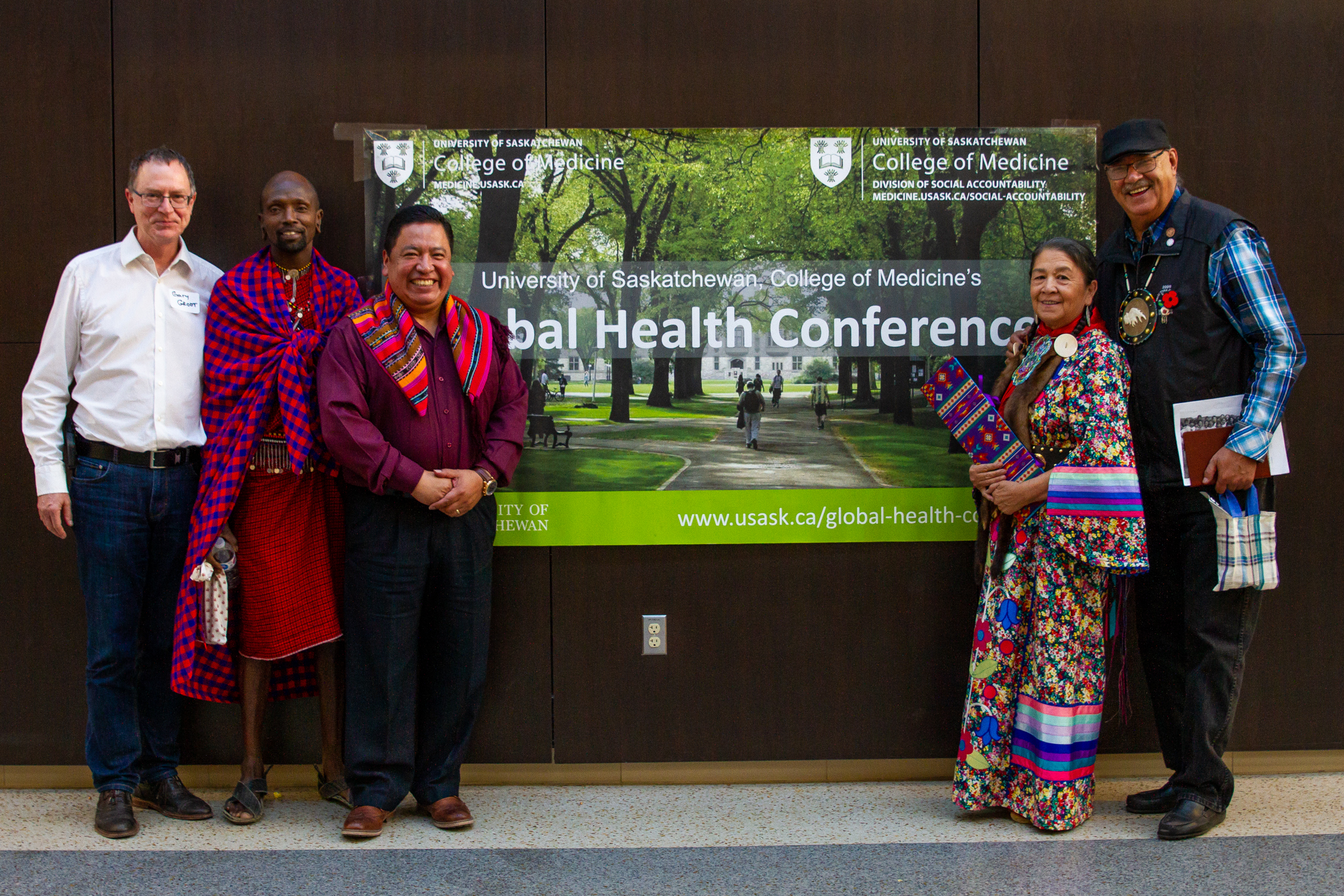 Dr. Gary Groot with (left to right) Lialo Salaash, Leonzo Barreno, and Lorna and Eugene Arcand at the College of Medicine's 2018 Global Health Conference held at the University of Saskatchewan. The team presented a panel discussion looking at the ways colonialism impacts Indigenous health in three distinct global communities.