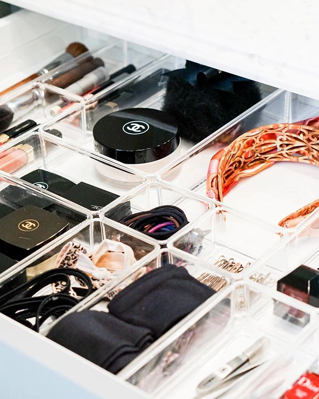 Pretty vanity organization #OrganizeChicago #TheOCCo