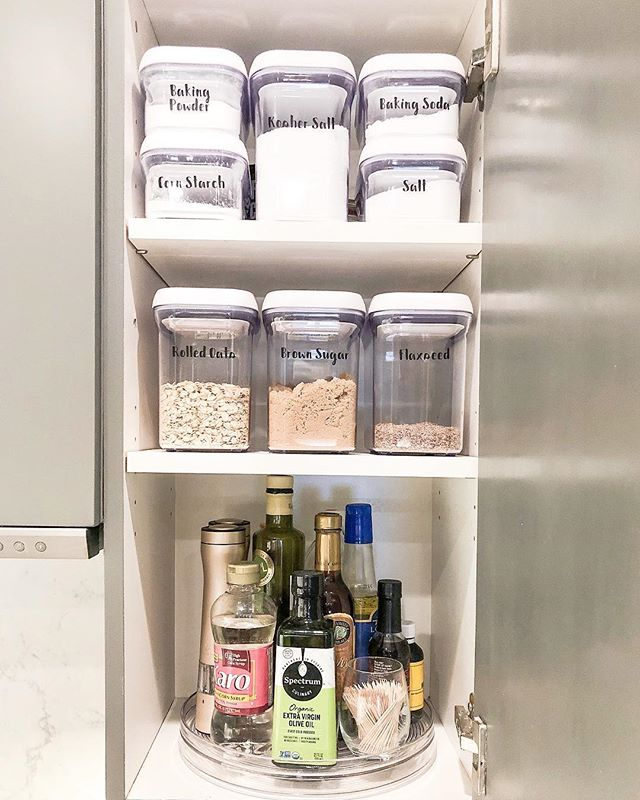 Working from home today catching up on some admin work and tackling a few remaining organization projects around the house. If getting started on organizing your home seems like an overwhelming tasks, start with a small space like a single cabinet. Swipe for a before shot —