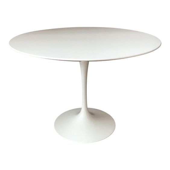saarinen dining table.jpg