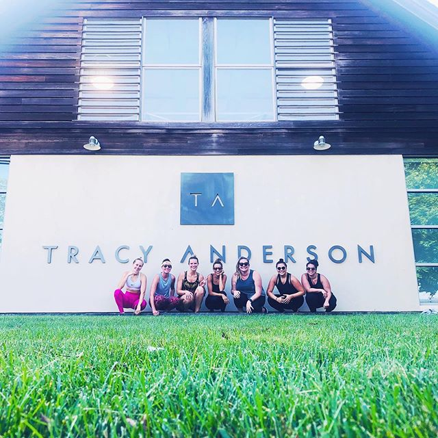 Thoughts on🔥heated🔥 workouts during the summer (a la @tracyandersonmethod)? Newsflash: I'm still into them 🙋🏼♀️ If you're willing to drip sweat inside (in addition to outside) these are some approved RR reviewed heated classes: @poeyoga (FireBeats), @fithouse (Hot Yoga Sculpt), @yogavidanyc (Heated Flow), @humming_puppy (All!), @y7studio (All!), @corepoweryoga (Yoga Sculpt), & @thesculptsociety. Read all of the full reviews on the RR site & on IG 💥🌟 #registrationrequired