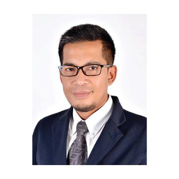 Associate-Professor-Dr.-Solachuddin-Jauhari-Arief.jpg