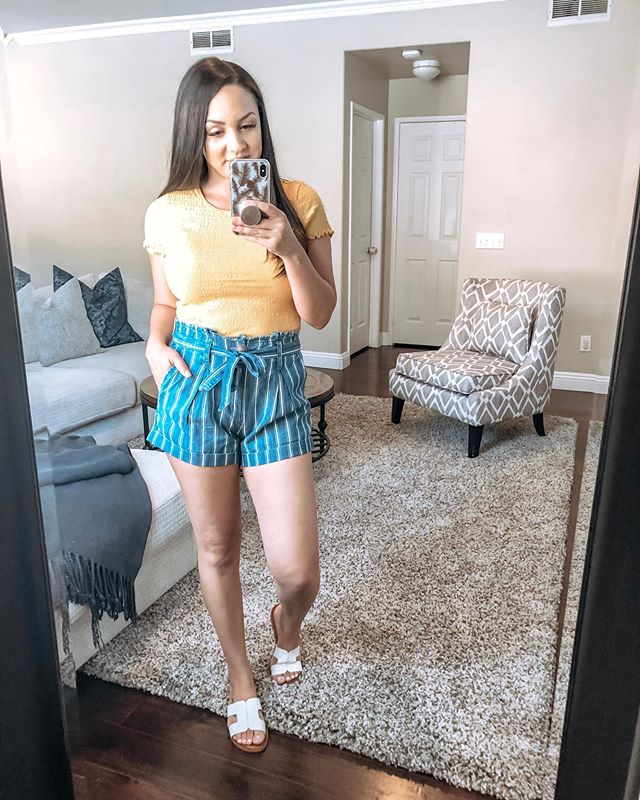 Happy Thursday, dolls! Head to my stories to see how I styled this look and others from my @americaneagle try on haul! Shop all the looks by following me on the LIKEtoKNOW.it app (@arcilia.newman) 💛 http://liketk.it/2Bpcm @liketoknow.it #liketkit #LTKsalealert #AExME #americaneagleoutfitters #tryonhaul