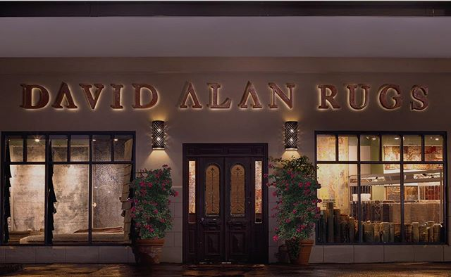 This summer marks 25 years that David Alan Rugs has been in business. A huge thank you to our weavers, designers, architects, and customers!  #DavidAlanRugs #interiordesign #austininteriordesign #interiordesigner #interiors #homedecor #contemporary #austininterior #sanantoniointeriordesign #sanantoniointeriors #houstonininteriordesign #houstoninteriors #architecture #decor #interiordecorating #interiorinspiration #houstoninteriordecorator #inspiration #tulsainteriordesign #dallasinteriordesign #dallasinteriors #dallasinteriordesigner #25years