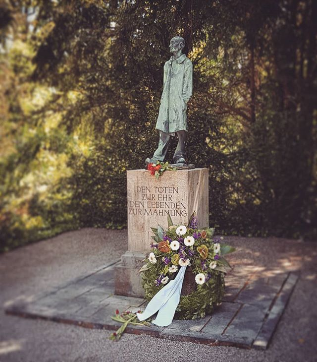 Memorial Statue at Dachau.  #dachau #memorial #tour #statue #wreath #shoah