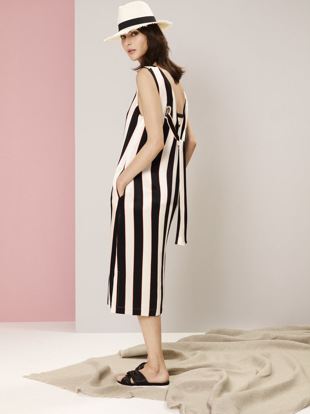ms-nudeAUTOGRAPH+DRESS+£59,+M&S+COLLECTION+HAT+£19.50,+M&S+COLLECTION+SHOE+£35.jpg