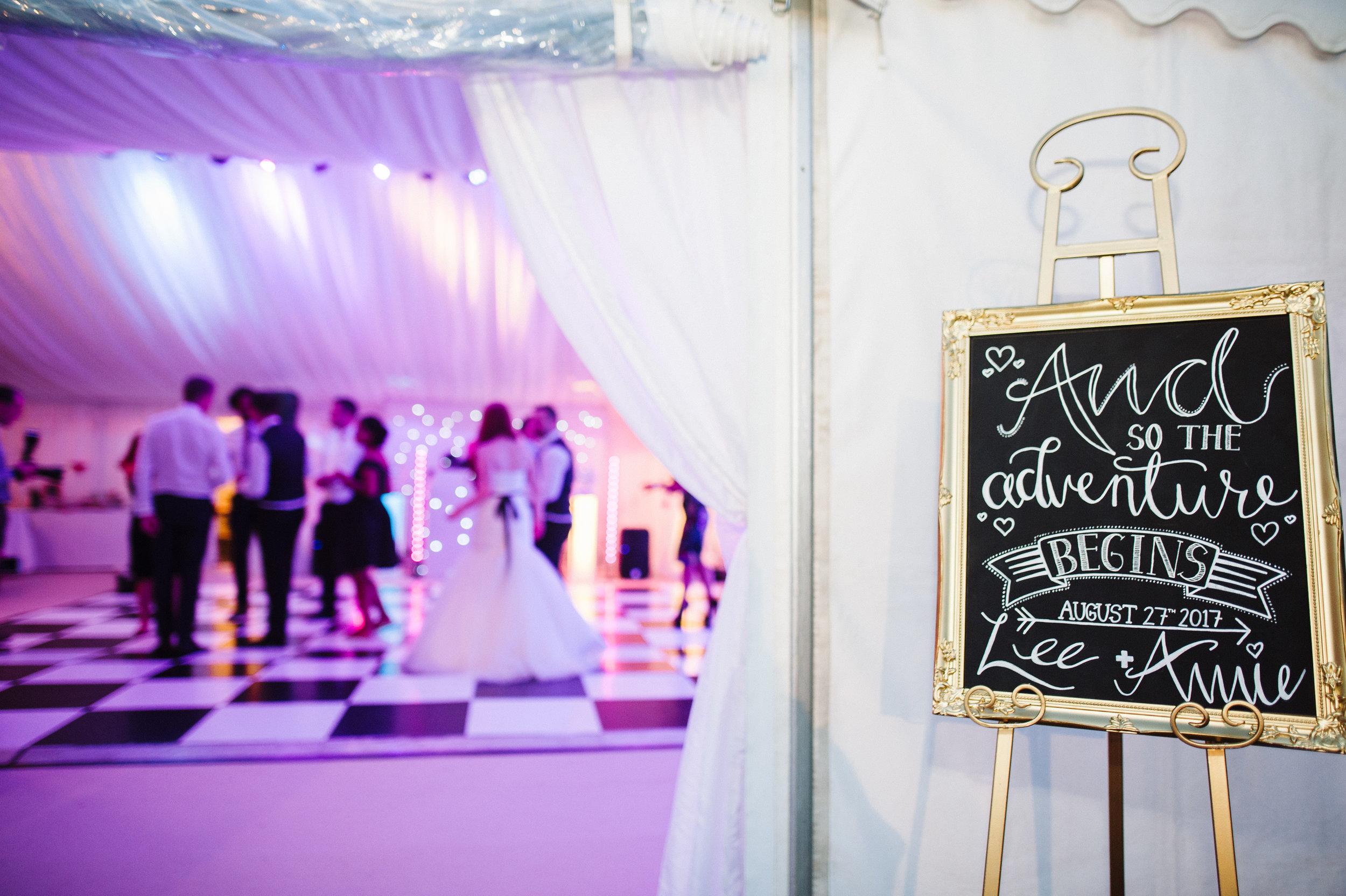 marquee-wedding.jpg