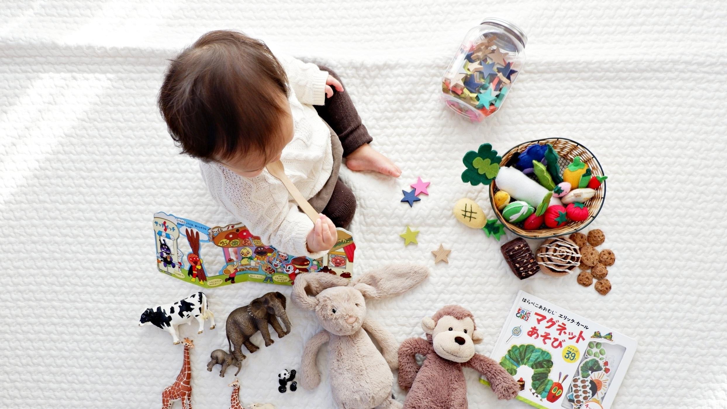 Child & Baby -