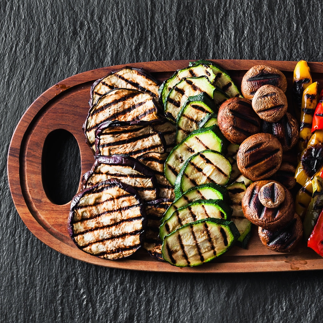 iron-and-grill-features-grill