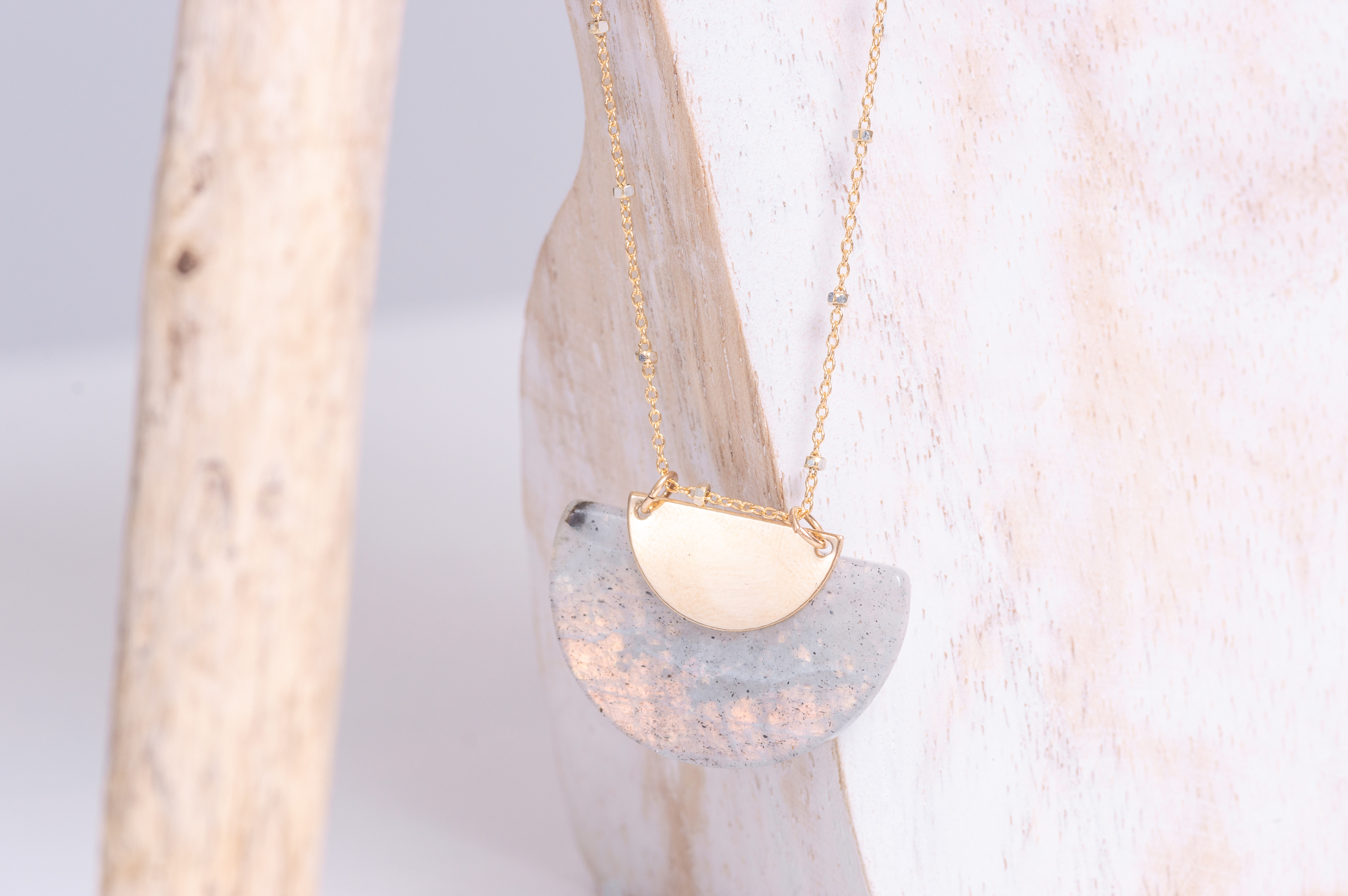 Brazil necklace with a large natural Moonstone and natural golden reflection.