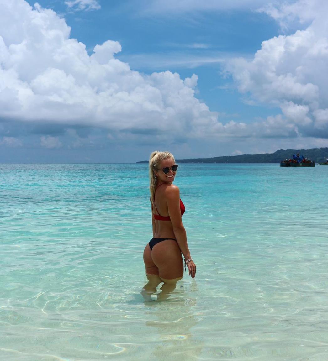 It's more fun in the Philippines -  Puka Beach, Boracay