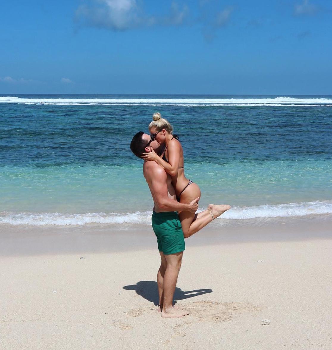 Being romantic -  Sunday's Beach Club, Uluwatu, Bali