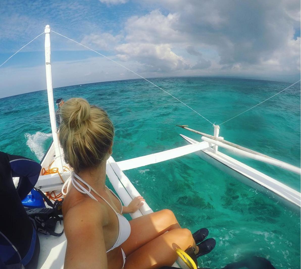 Insane turquoise ocean -  Apo Island, Philippines