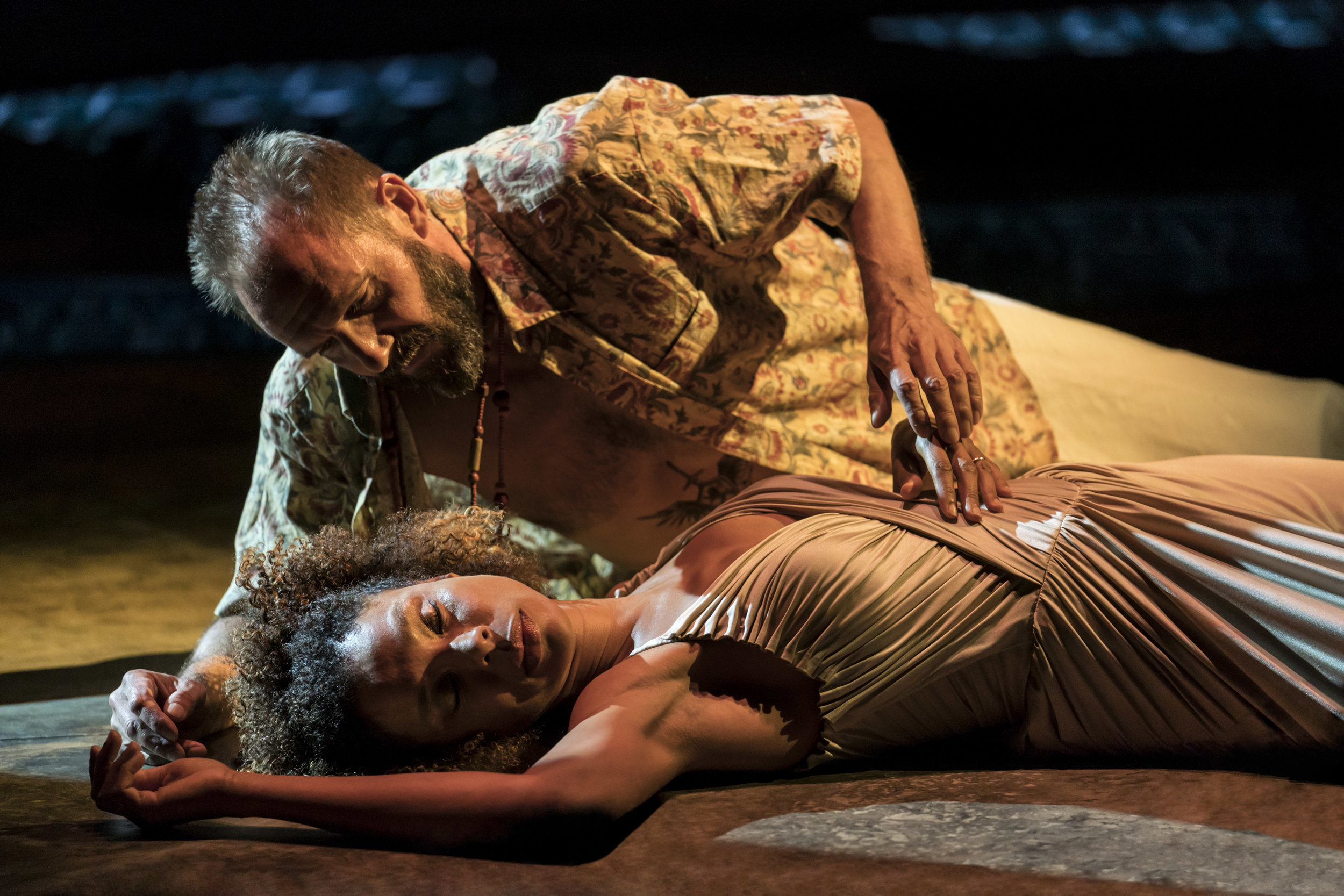 Ralph Fiennes and Sophie Okonedo in  Antony & Cleopatra . Image by Johan Persson