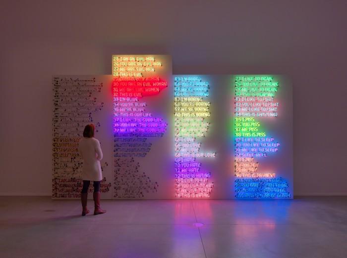 Neon-art-by-Bruce-Nauman-artists-I-Lobo-you.jpg