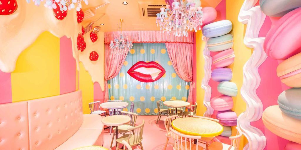 TYO-kawaii-monster-cafe-ou-la-tendresse-de-la-demence-2_1-1024x512.jpg