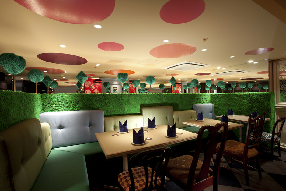 alice-in-wonderland-restaurant-d.jpg