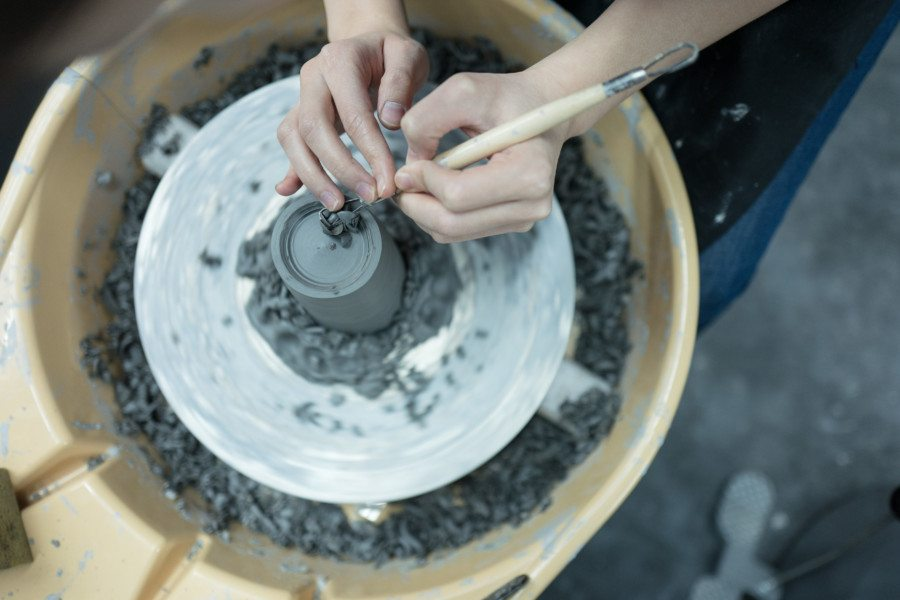 Carol-Luk-Deer-Workshop-pottery-classes-ceramics-pottery-making-e1512975068218.jpg
