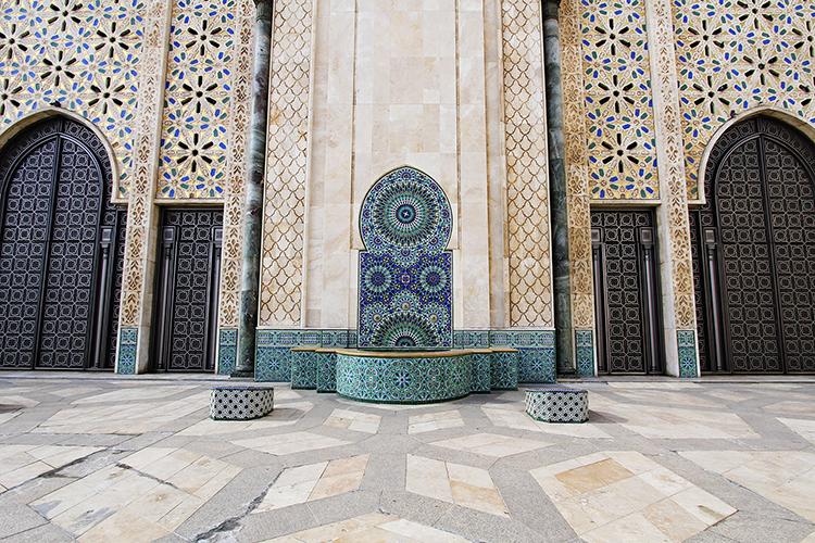 Hassan-II-Mosque-Colors-Casablanca-Morocco-Wanderlusters.jpg