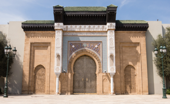 ceremonial-entrance-to-palais-royal-royal-palace-casablanca-morocco.jpg