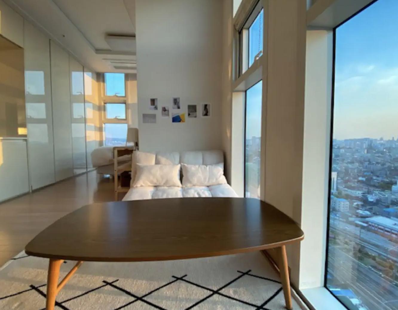 Living room area (Copy)