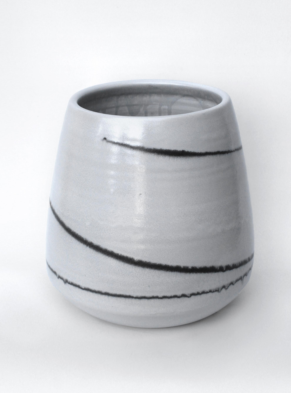 small_white_stripe_string_pot.jpg