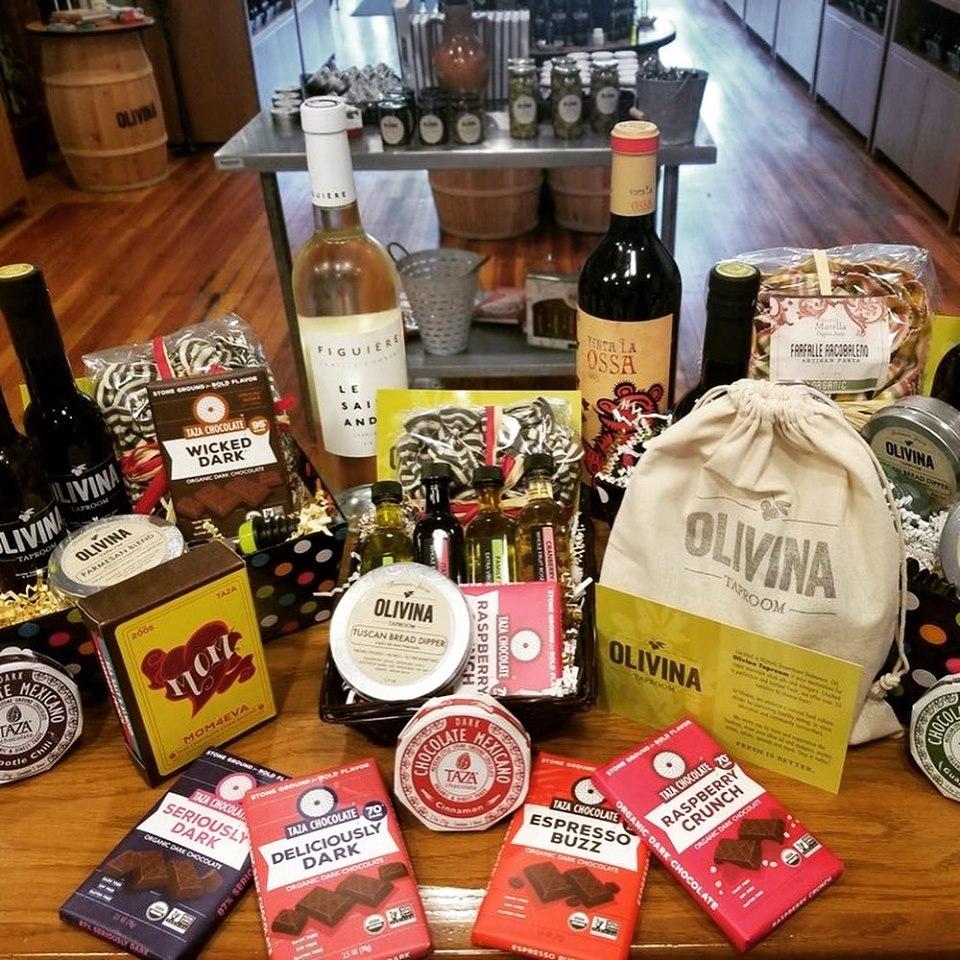 Seasonal & Custom Gifts
